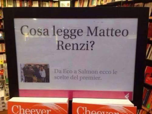 """Spot di Feltrinelli a Renzi: """"Cosa legge il premier?"""""""