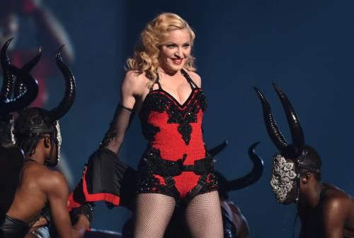 """Madonna contro l'Europa: """"Intollerante come la Germania nazista"""""""