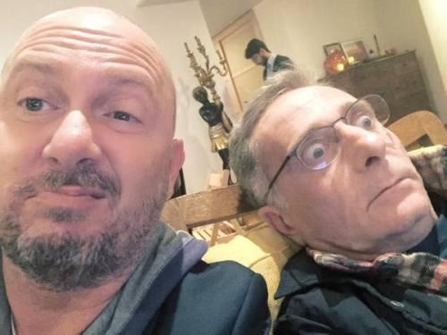"""Bonolis prende in giro Conti su Twitter: """"Perché Sanremo è Sanremo"""""""
