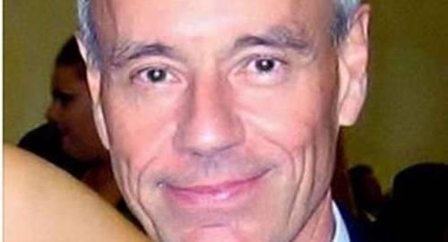 È morto Mimmo Artana, storico autore tv di Striscia la Notizia