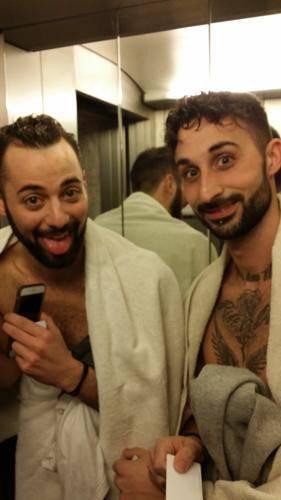 I Dear Jack nudi in ascensore