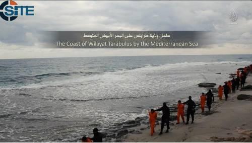 Libia, jihadisti dell'Isis decapitano i cristiani copti  5