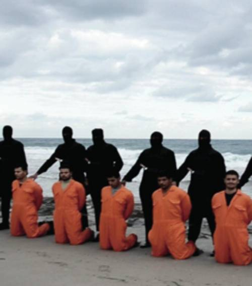 Libia, jihadisti dell'Isis decapitano i cristiani copti  6