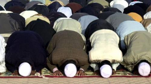 Francia, lezioni di islam obbligatorie per legge