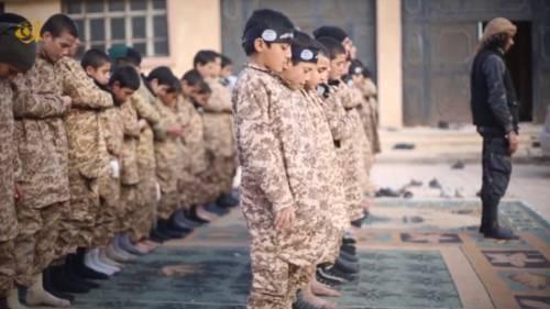 I baby jihadisti del Califfato 9