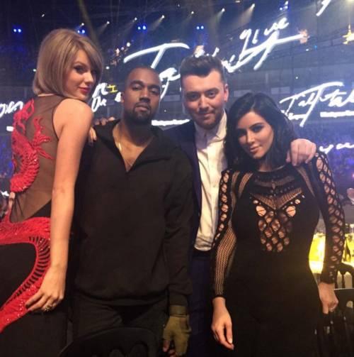 Kim Kardashian foto private con Kanye West 18