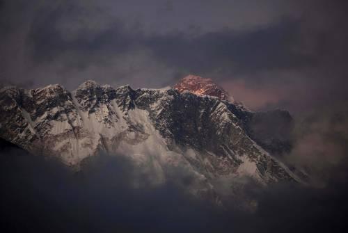 Il monte Everest visto dal Nepal