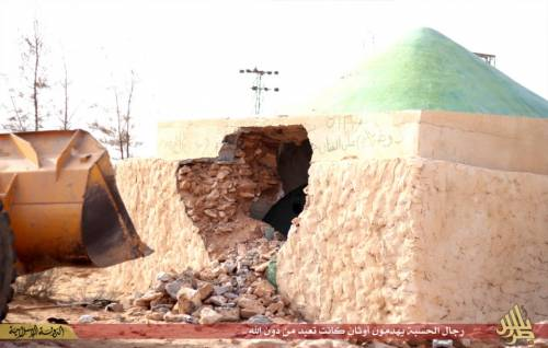 Libia, l'Isis distrugge un santuario sufi 6