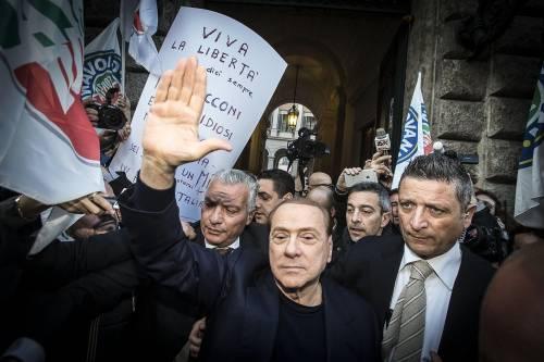 Berlusconi tra i sostenitori a Palazzo Grazioli 4