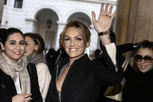Berlusconi tra i sostenitori a Palazzo Grazioli 8