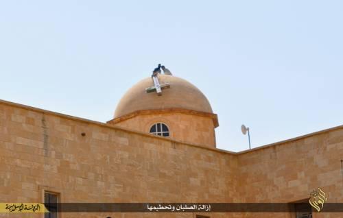 Iraq, la distruzione dei luoghi cristiani 9