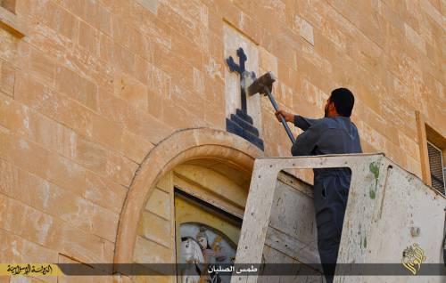 Iraq, la distruzione dei luoghi cristiani 4