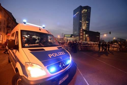Blockupy, scontri a Francoforte 7