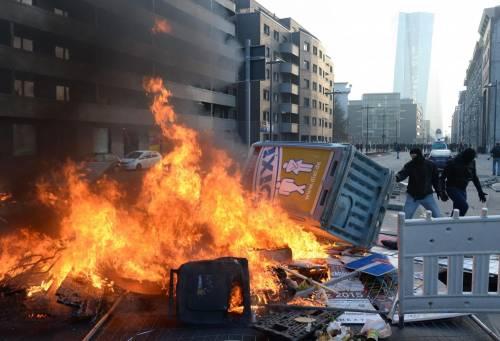 Blockupy, scontri a Francoforte 9