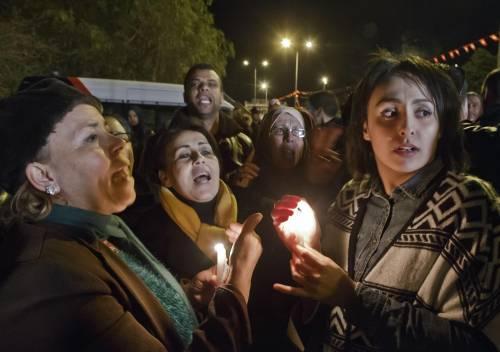 Veglia a Tunisi dopo gli attentati 6
