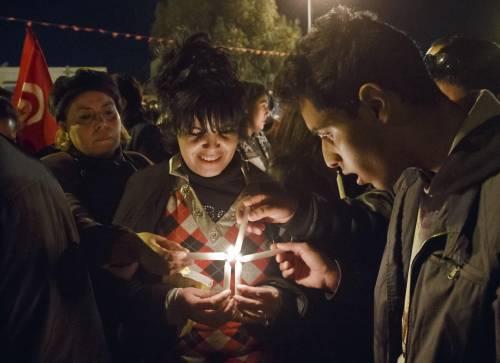 Veglia a Tunisi dopo gli attentati 4