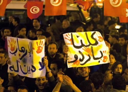 Veglia a Tunisi dopo gli attentati 5