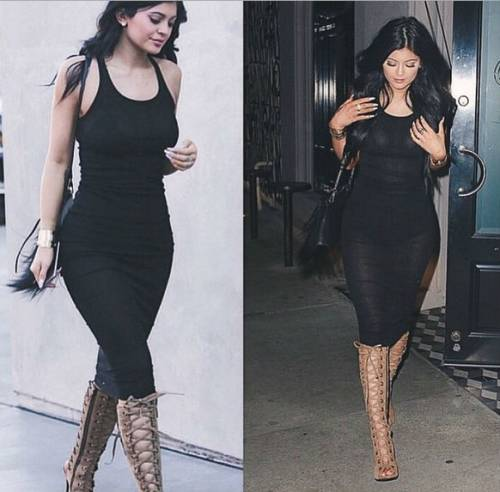 Kylie Jenner indossa un monokini effetto bondage per un servizio fotografico 10
