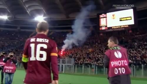 Europa League, faccia a faccia tra i giocatori della Roma e i tifosi 6