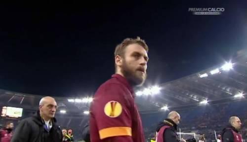 Europa League, faccia a faccia tra i giocatori della Roma e i tifosi 7