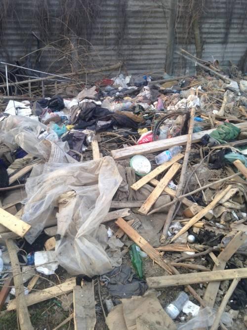 I nuovi nascondigli dei rom immersi nel degrado 5