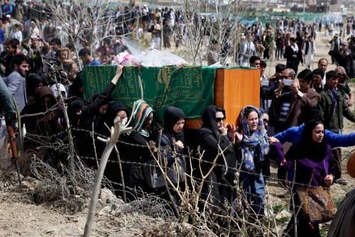 I funerali a Kabul della donna uccisa  3