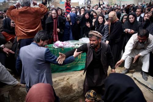 I funerali a Kabul della donna uccisa  2