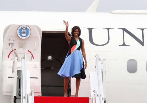 Una folata di vento alza la gonna a Michelle Obama 6