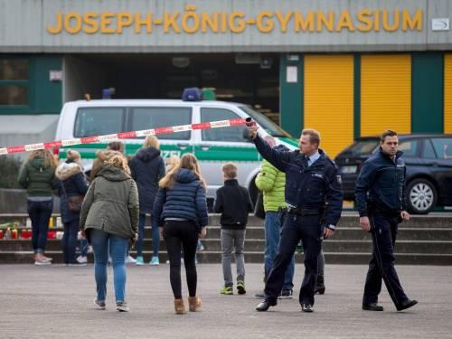 Germania, il dolore per le vittime dello schianto 7