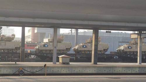 "Avvistati in Austria carri armati americani: ""Sono diretti in Ucraina"""