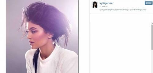 Kylie Jenner, 40 minuti di trucco per labbra turgide 7