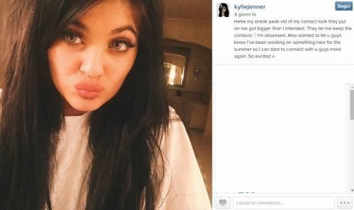 Kylie Jenner, 40 minuti di trucco per labbra turgide 2