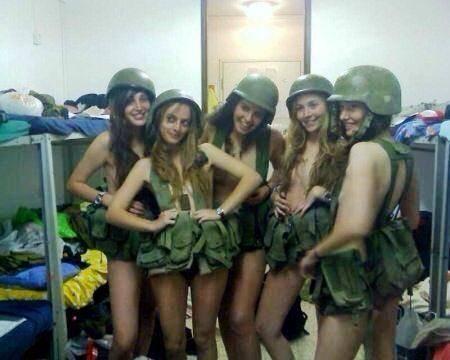 Le sexy soldatesse israeliane 9