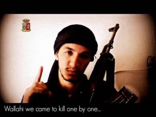 """""""Alto rischio attentati"""". Primi tre arresti per Sharia for Italy"""