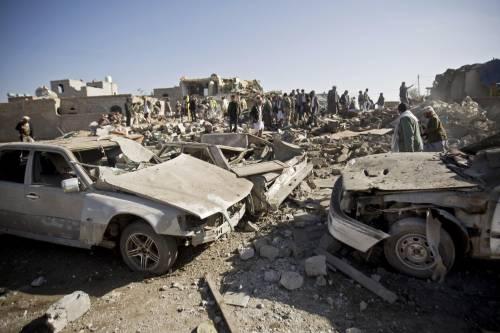 L'Arabia Saudita attacca lo Yemen nella notte 4