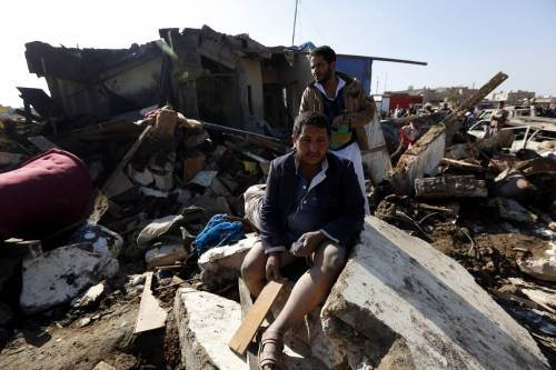 L'Arabia Saudita attacca lo Yemen nella notte 8
