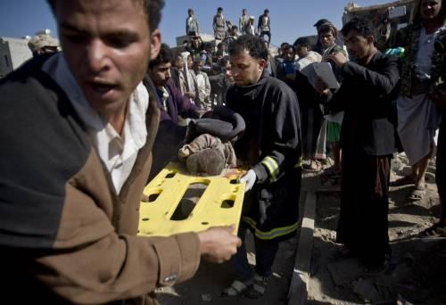 L'Arabia Saudita attacca lo Yemen nella notte 11