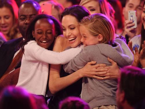 Angelina Jolie torna in pubblico dopo l'operazione 6