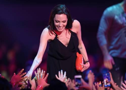 Angelina Jolie torna in pubblico dopo l'operazione 10