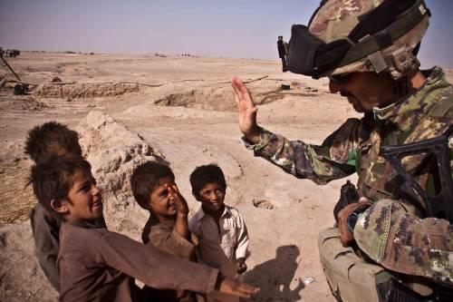 Quello che i buonisti dimenticano: i militari muoiono pure per loro