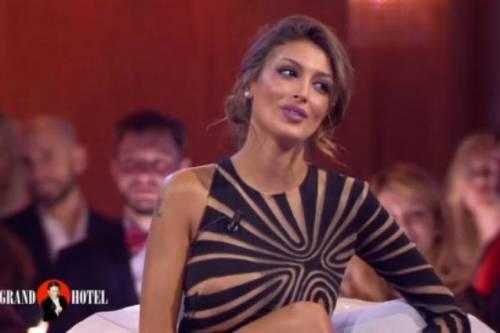 Cristina Buccino hot da Chiambretti 3
