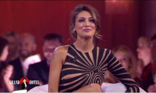 Cristina Buccino hot da Chiambretti 2