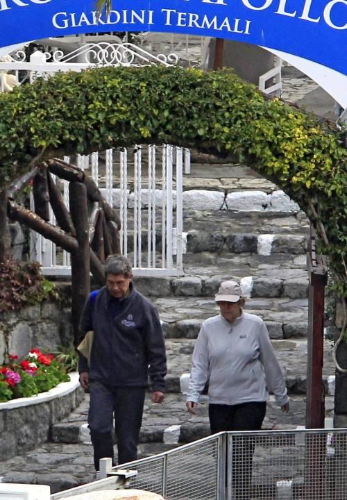 La Merkel a Ischia tra pilates e verdurine 7