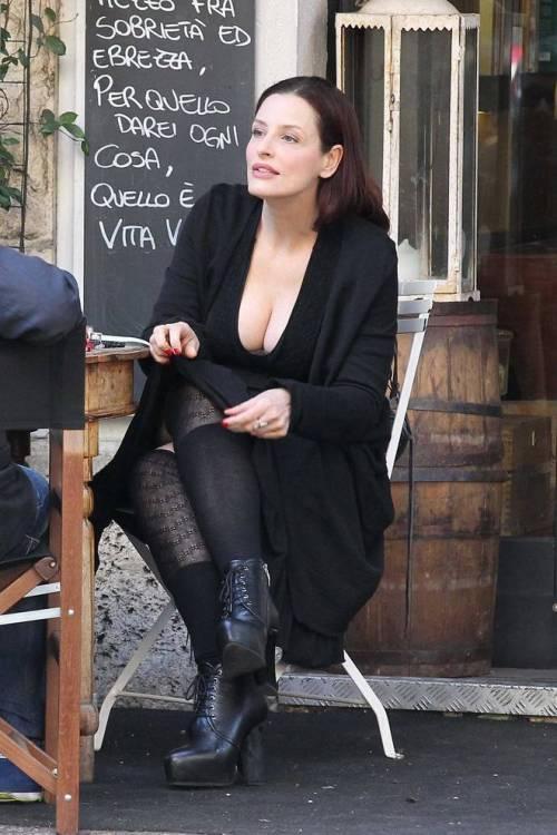 Simona Borioni, ex fidanzata di Rosalinda Celentano super sexy a Roma 3