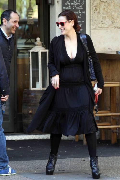 Simona Borioni, ex fidanzata di Rosalinda Celentano super sexy a Roma 10