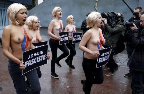 Femen nude: le foto delle proteste 9