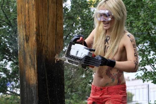 Femen nude: le foto delle proteste 19