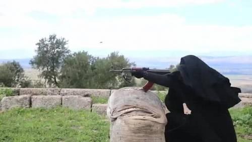 Le guerriere della Jihad in Siria 8