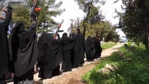Le guerriere della Jihad in Siria 3