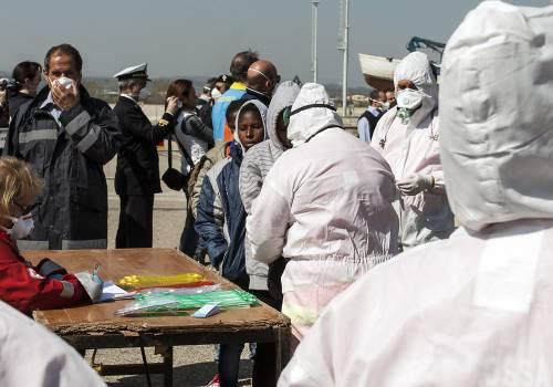 """La profezia di Frontex: """"La crisi dei migranti andrà avanti per anni"""""""